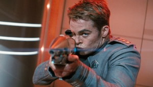 Kirk kissing gun