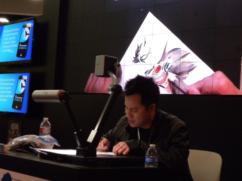 Dustin Nguyen (Li'l Gotham) rocks the stage.